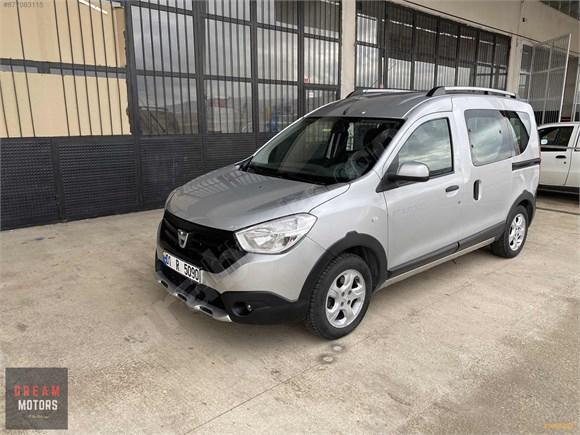 Dream'dan Hatasız Dacia Dokker Stepway Navigasyonlu