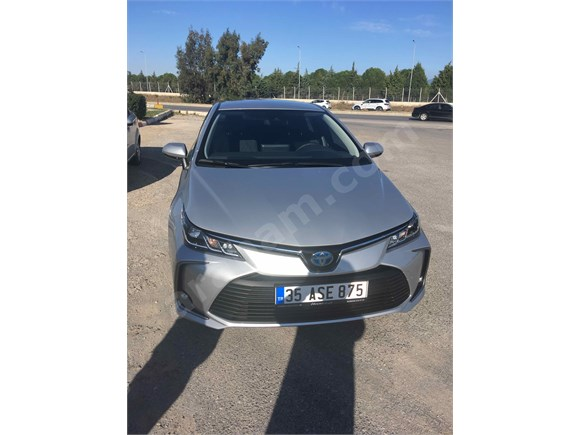 Sahibinden Toyota Corolla 1.8 Hybrid Dream 2020 Model İzmir