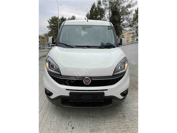 0 KM HEMEN TESLİM Fiat Doblo Combi 1.6 Multijet 20.Yıl Özel Seri
