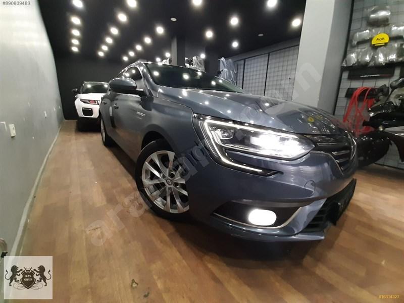 Galeriden Renault Megane 1.5 Dci Icon 2017 Model İstanbul 79.000 Km Gri
