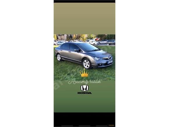 Sahibinden Honda Civic 1.6 i-VTEC Premium 2009 Model
