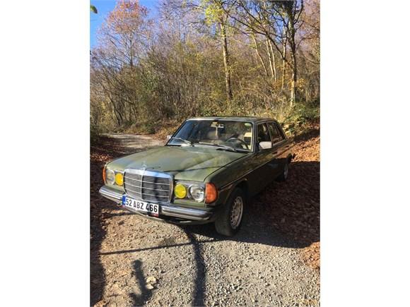 1982 model 230E m102 5 ileri+sanruflu modeldir