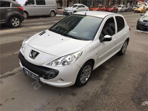 Galeriden Peugeot 206+ 1.4 Envy 2011 Model Kocaeli İLETİŞİM 0532 416 50 35