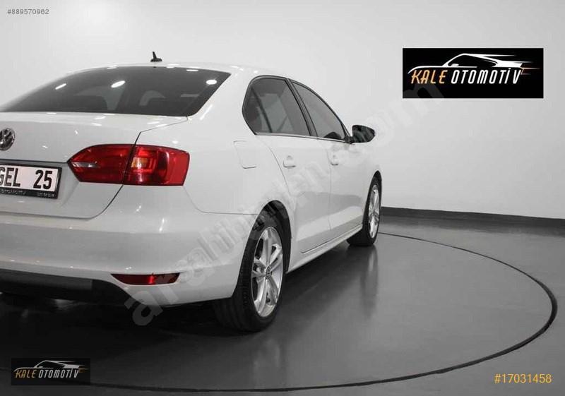 Galeriden Volkswagen Jetta 1.2 Tsi Trendline 2012 Model Antalya 79.000 Km Beyaz