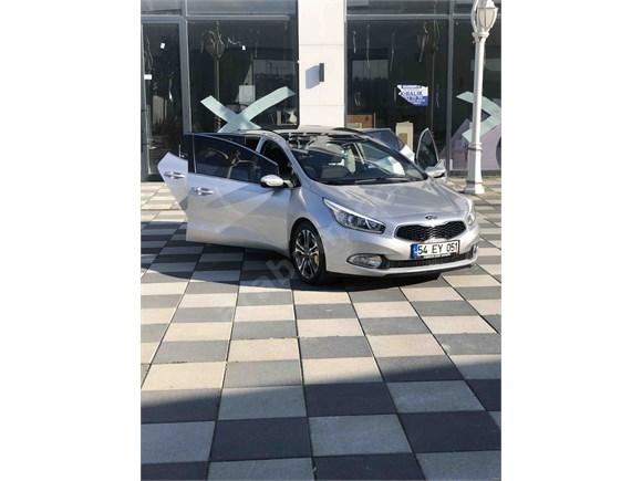 Sahibinden Kia Ceed 1.6 CRDi Premium 2013 Model