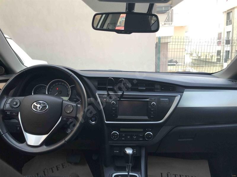 Sahibinden Toyota Auris 1.6 Advance Skypack 2013 Model Denizli 35.800 Km Beyaz