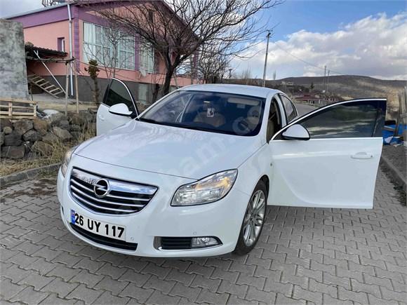 Sahibinden Opel Insignia 1.6 T Edition Plus 2011 Model  101.000 km Beyaz