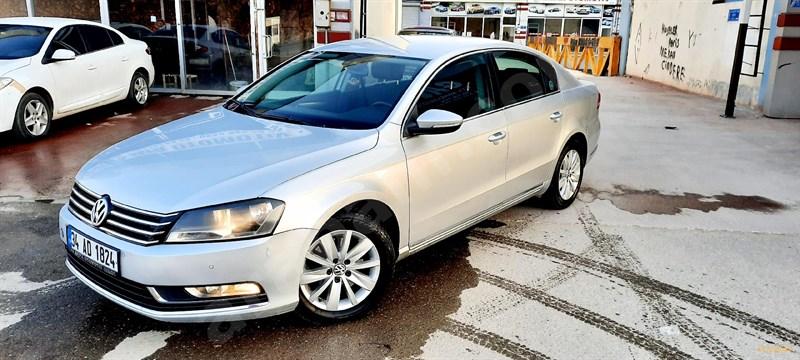 Galeriden Volkswagen Passat 1.6 Tdi Bluemotion Comfortline 2011 Model Gaziantep 285.000 Km Gri (gümüş)