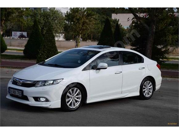 Sahibinden Honda Civic 1.6 i-VTEC ECO Elegance 2012 Model