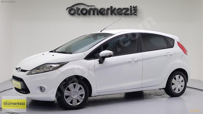 Galeriden Ford Fiesta 1.25 Trend 2011 Model Düzce 171.150 Km Beyaz