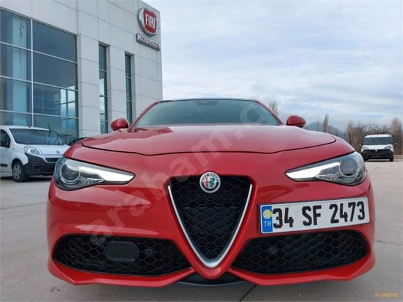 2017 model Alfa Romeo Giulia 2.0 Veloce Otomatik 280 Ps Sedan