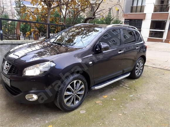 Sahibinden Nissan Qashqai 1.5 dCi Platinum 2011 Model  hatasız kaza boya hasar kaydı yok rengi siyahtır pilatinyum modelidir en ful olanıdır
