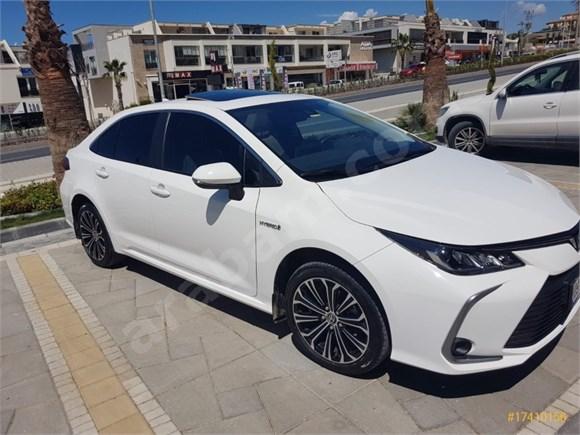Sahibinden Toyota Corolla 1.8 Hybrid Flame X-Pack 2020 Model