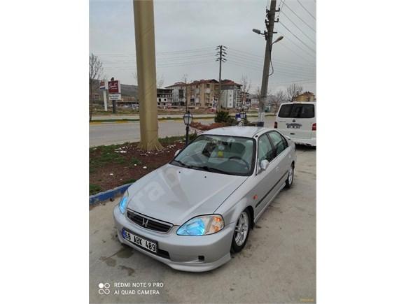 Sahibinden Honda Civic 1.6 ES 2000 Model