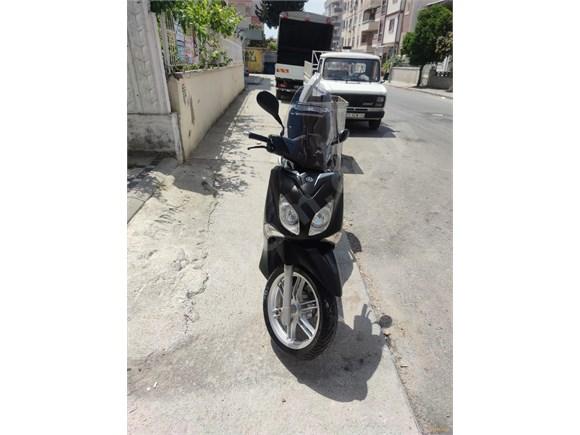 yakıt koy git her şey tamam Yamaha X City 250