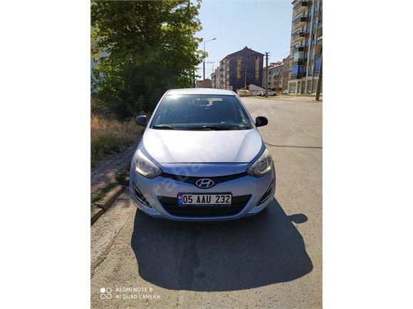 Sahibinden otomatik Hyundai i20 1.4 CVVT Jump 2013 Model