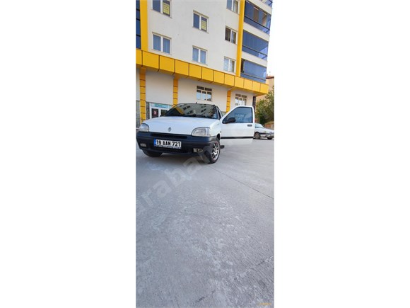 Sahibinden Renault Clio 1.4 RN 1997 Model