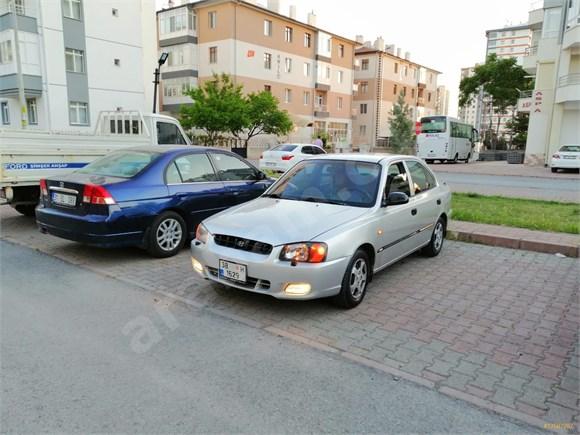 Sahibinden Hyundai Accent 1.5 1.5i GLS 2001 Model