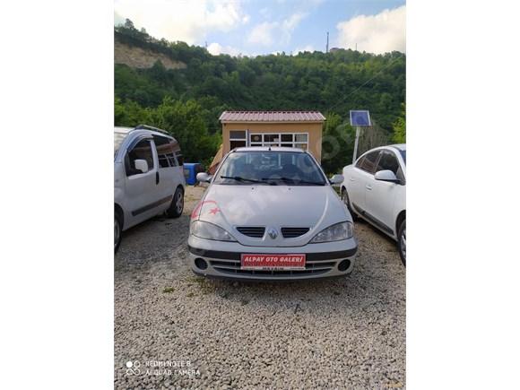 Galeriden Renault Megane 1.6 RTE 2000 Model Ordu