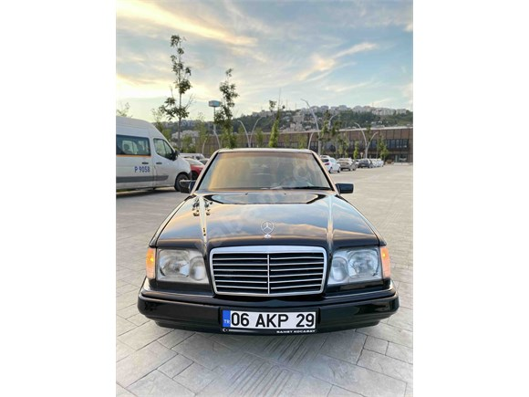 Sahibinden Mercedes - Benz 200 E 1990 Model