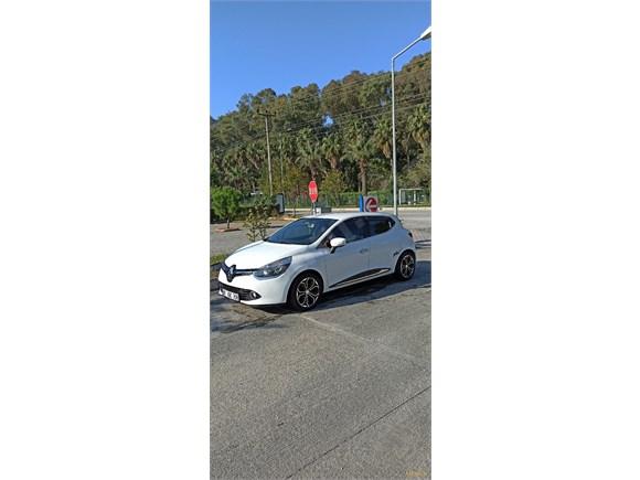 Memurdan Acil Satılık Clio 4 1.2 Joy 2013 Model Benzin& LPG
