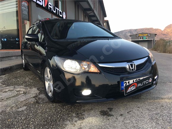 ASİ AUTO DAN 2012 model SANROFLU CİVİC EN DOLUSU