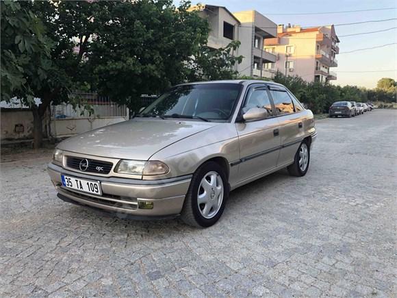 En tutulanı Opel Astra 1.6 GLS 1998
