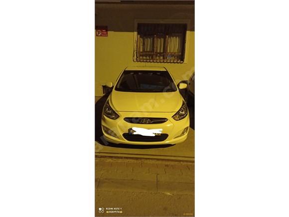 Sahibinden Hyundai Accent Blue 1.6 CRDI Mode 2012 Model